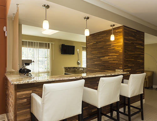 roundtree-residences-small-interior-bar-seating-area